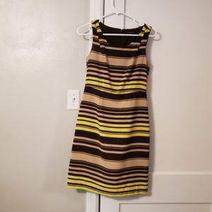 Sleevless Dress
